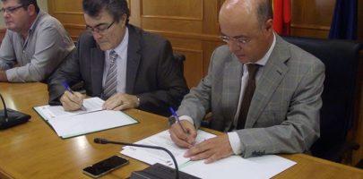 Firma del convenio con la Agencia Tributaria